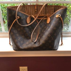 Neverfull MM bag Louis Vuitton 💯